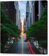 Manhattanhenge From 42nd Street, New York City Canvas Print