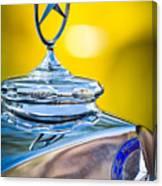 Mercedes-benz Hood Ornament - Emblem -0961c Canvas Print