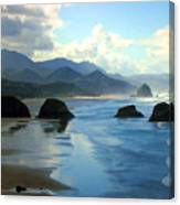 Morning On The Oregon Coast Canvas Print