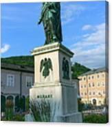 Mozart Statue In Mozartplatz, Salzburg, Austria Canvas Print