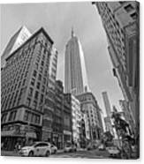 New York Fifth Avenue Taxis Empire State Building Black And White Canvas Print