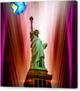 New York Nyc - Statue Of Liberty 2 Canvas Print