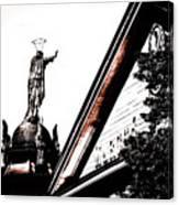 Notre Dame De Bon Secours-vieux Port Canvas Print