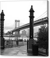 Nyc Manhattan Bridge Bw Canvas Print