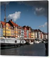 Nyhavn In Copenhagen Canvas Print