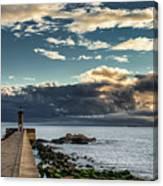 Ocean's Skys Canvas Print