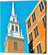 Old North Church Tower In  Boston-massachusetts Canvas Print