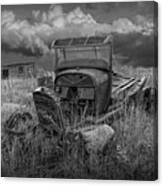 Old Truck Abandoned In The Grass In Black And White At The Ghost Town By Okaton South Dakota Canvas Print