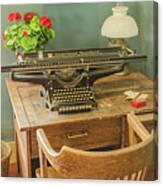 Old Underwood Typewriter Canvas Print