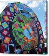 Pajaros Giant Kite Canvas Print
