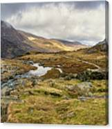 Pen Yr Ole Wen And Tryfan Mountain Canvas Print