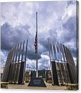 Pittsburgh War Memorial Just Outside Canvas Print