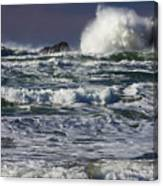 Powerful Waves Crash Ashore Canvas Print