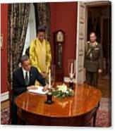 President Obama And Michelle Obama Sign Canvas Print