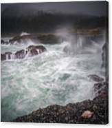 Raging Waves On The Oregon Coast Canvas Print