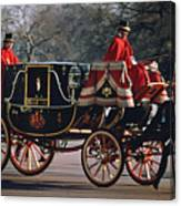 Royal Carriage At Buckingham Palace X Canvas Print