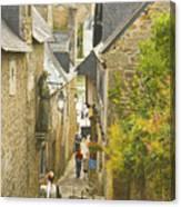 Ruelle Qui Mene Au Port De St. Goustan Canvas Print