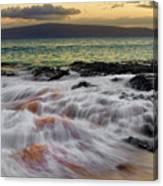 Running Wave At Keawakapu Beach Canvas Print