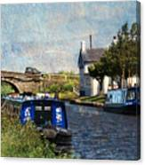 Saturday At The Saracens Head Canvas Print