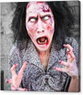 Scary Screaming Zombie Woman Canvas Print