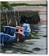 Seaton Sluice Harbour At Low Tide. Canvas Print