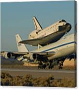 Space Shuttle Endeavour Departs Edwards Afb December 10 2008 Canvas Print