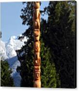 Stanley Park Totem Pole Vancouver Canvas Print