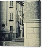 Strada Al Duomo - The Road To The Duomo Canvas Print