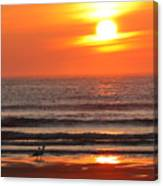 Sunrise On The Oceanside Canvas Print