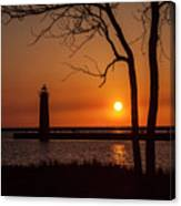 Sunset At The Lighthouse In Muskegon Michigan Canvas Print
