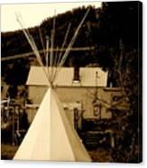 Teepee In Montana Canvas Print