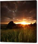 The Last Rays Of The Sun Canvas Print