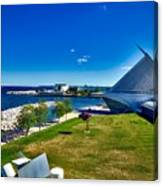The Milwaukee Art Museum On Lake Michigan Canvas Print