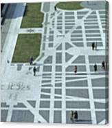 Tourists Walking Along Freedom Plaza Canvas Print