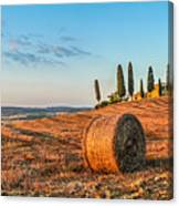 Tuscany Landscape With Farm House At Sunset, Val D'orcia, Italy Canvas Print