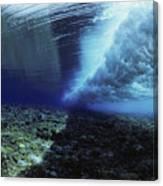 Underwater Wave - Yap Canvas Print