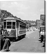 Uptown Trolley Near 193rd Street Canvas Print