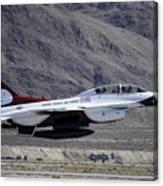 U.s. Air Force Thunderbird F-16 Canvas Print