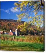Vermont Farm In Autumn Canvas Print