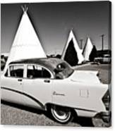 Wigwam Motel Classic Car #2 Canvas Print