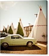 Wigwam Motel Classic Car #4 Canvas Print
