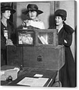 Women Voting In New York City Canvas Print
