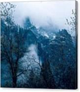 Yosemite Clouds I Canvas Print