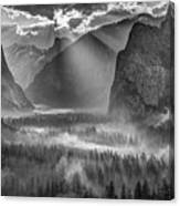 Yosemite Morning Sun Rays Canvas Print