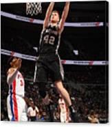 San Antonio Spurs V Detroit Pistons Canvas Print