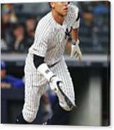 Kansas City Royals V New York Yankees 16 Canvas Print