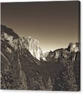 Beautiful Yosemite Valley Canvas Print