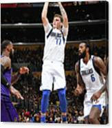 Dallas Mavericks V Los Angeles Lakers Canvas Print