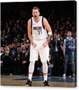 Dallas Mavericks V New York Knicks Canvas Print