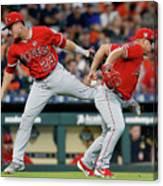Los Angeles Angels Of Anaheim V Houston Canvas Print